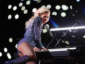 Khán giả lo Lady Gaga hết thời nếu tiếp tục diễn ở Las Vegas