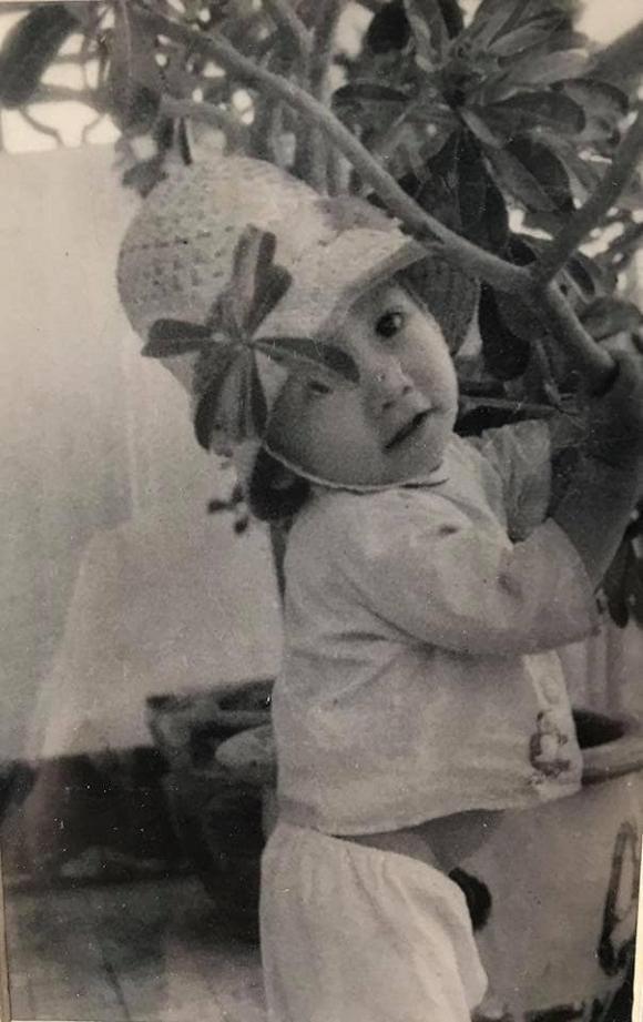 Lý do dở khóc dở cười khiến ngày bé Duy Mạnh toàn phải mặc đồ con gái-3