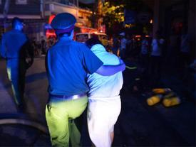 Cháy khách sạn trên phố cổ Hà Nội lúc sáng sớm, nhiều người chỉ kịp choàng khăn tắm hốt hoảng tháo chạy