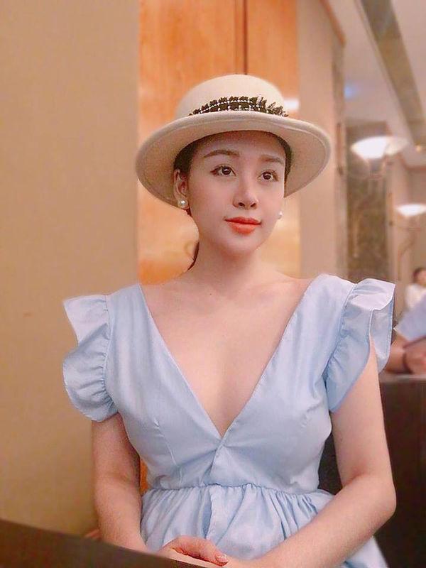 Sau 5 năm với những chiêu trò lố bịch để nổi tiếng, Bà Tưng Huyền Anh gây ngỡ ngàng với hình ảnh hiện tại-9