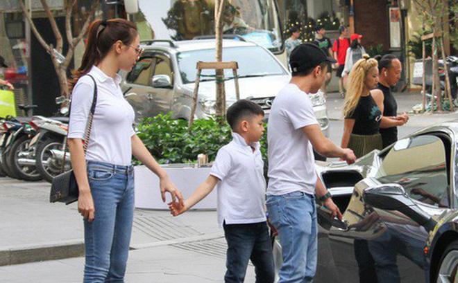 Chẳng kém Hà Hồ - Kim Lý, Đàm Thu Trang - Cường Đô La cũng tích cực diện đồ đôi, tinh tế chọn phụ kiện để không quá chênh lệch chiều cao-8