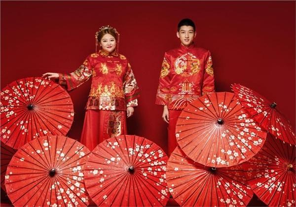 Khổ như cô nàng mũm mĩm trong couple đũa lệch nổi tiếng Trung Quốc, vỗ béo chồng nhưng mỡ cứ nhập vào mình-1