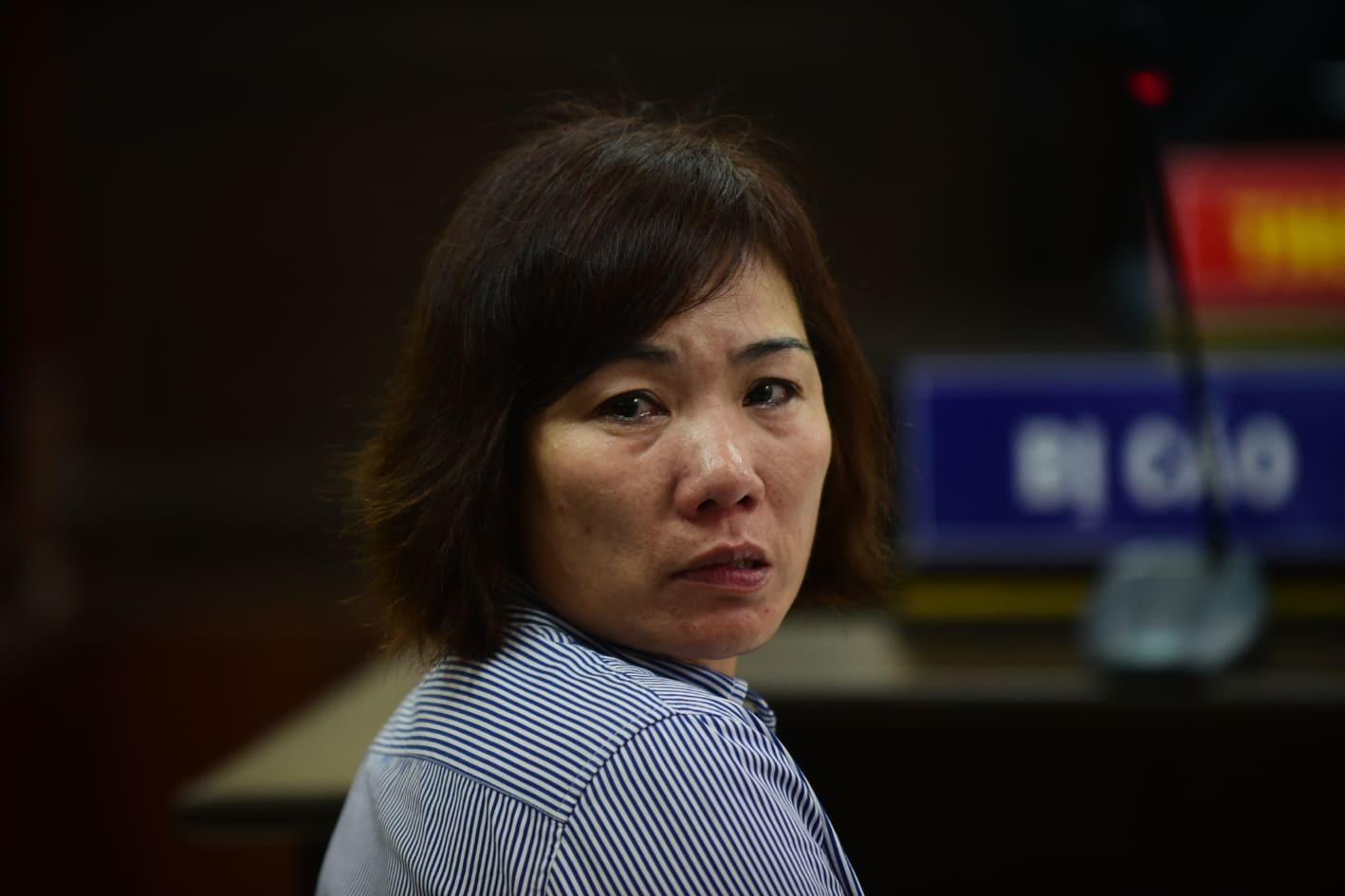 Nước mắt muộn màng của nữ tài xế BMW tông chết người ở Hàng Xanh-2