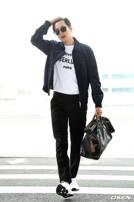 Lee Min Ho gây náo loạn sân bay vì đẹp quá mức cho phép-4