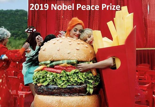 Nhân chuyện Taylor Swift - Katy Perry làm lành, dân mạng mơ về ngày Hà Hồ - Minh Hằng và Hương Tràm - Chi Pu hóa giải hận thù-1