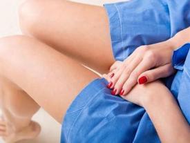 Nhịn quan hệ 10 năm, người phụ nữ suýt ngất khi bác sĩ làm việc này