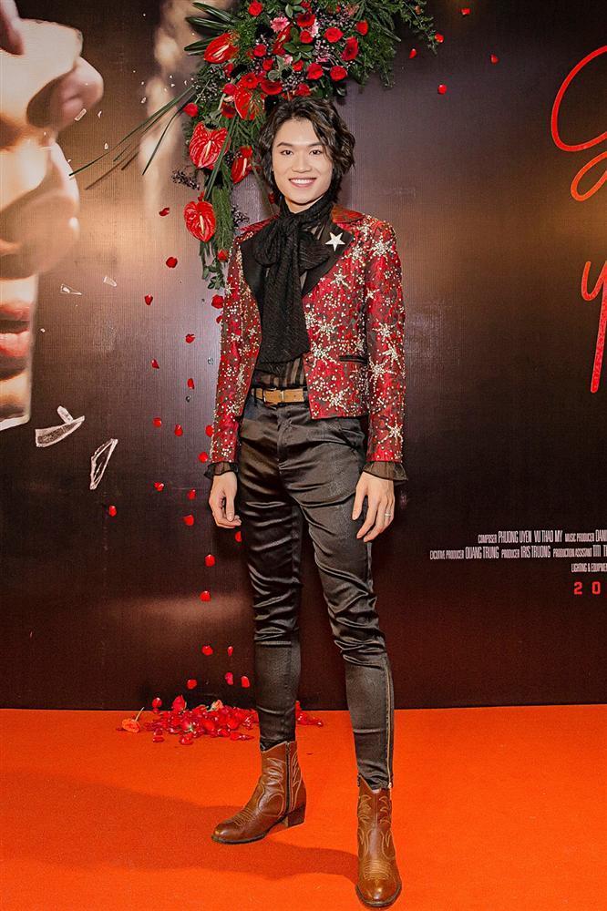 Phương Uyên khóc nức nở khi chứng kiến danh hài Quang Trung debut làm ca sĩ-1