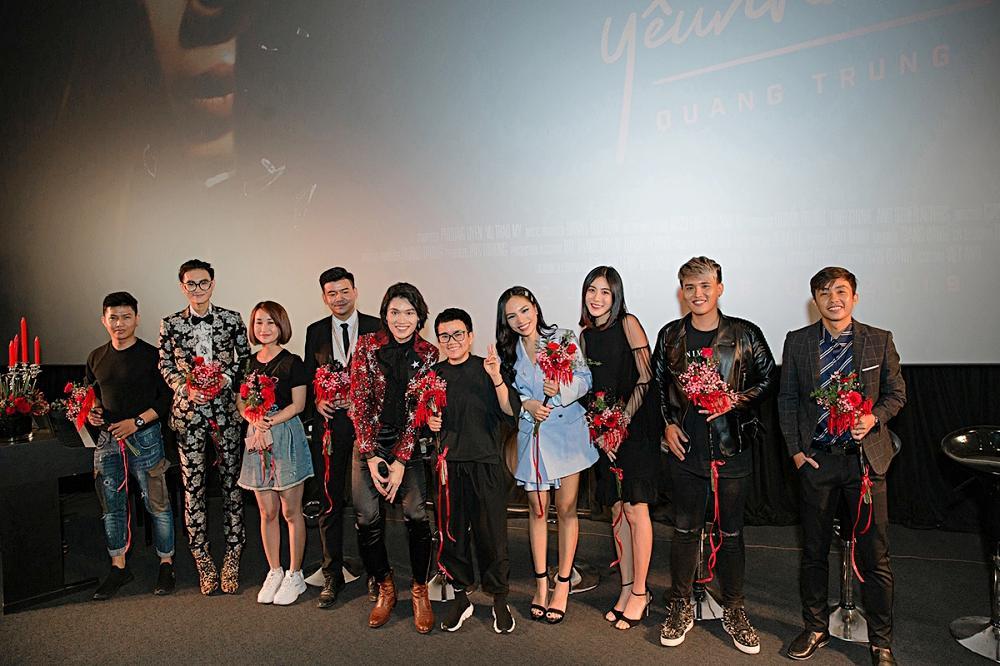 Phương Uyên khóc nức nở khi chứng kiến danh hài Quang Trung debut làm ca sĩ-2