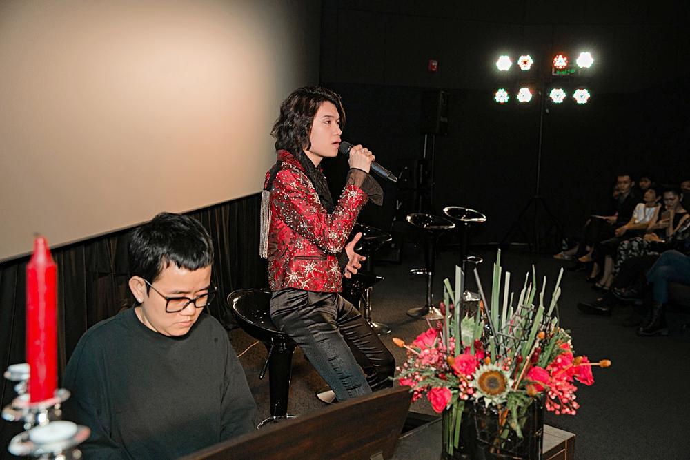 Phương Uyên khóc nức nở khi chứng kiến danh hài Quang Trung debut làm ca sĩ-6