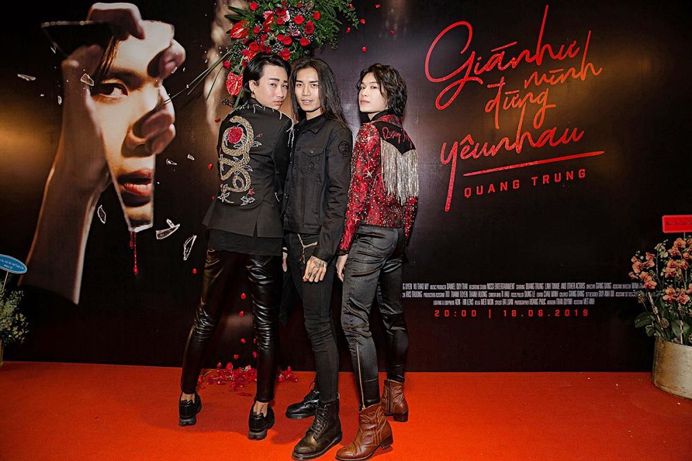 Phương Uyên khóc nức nở khi chứng kiến danh hài Quang Trung debut làm ca sĩ-8