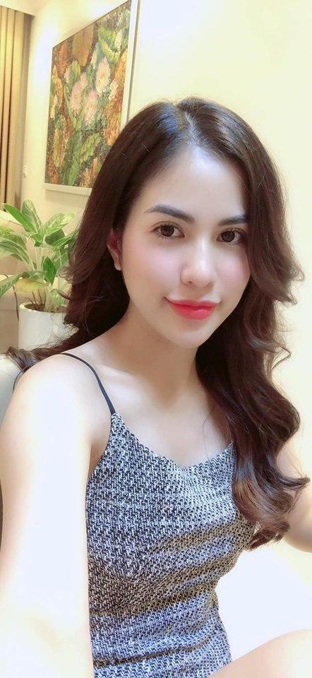 Bỏng mắt ngắm vợ hot girl vừa ly hôn Việt Anh sau 7 năm gắn bó-2