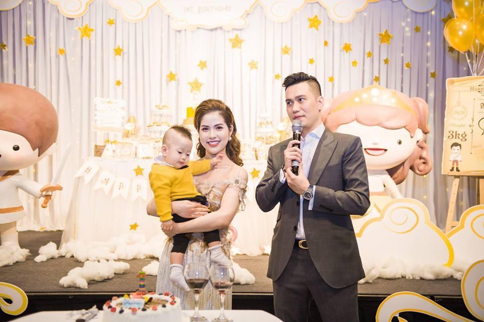 Bỏng mắt ngắm vợ hot girl vừa ly hôn Việt Anh sau 7 năm gắn bó-8