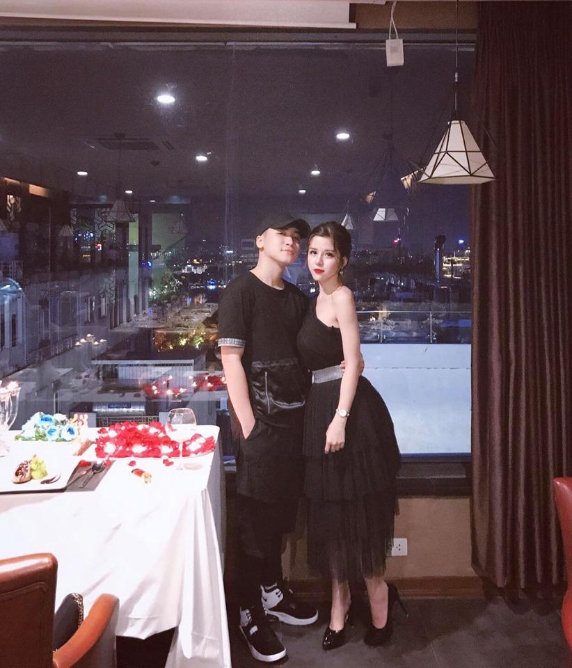 Vợ vlogger Huy Cung khiến chị em choáng vì những mâm cơm nấu cho chồng-1