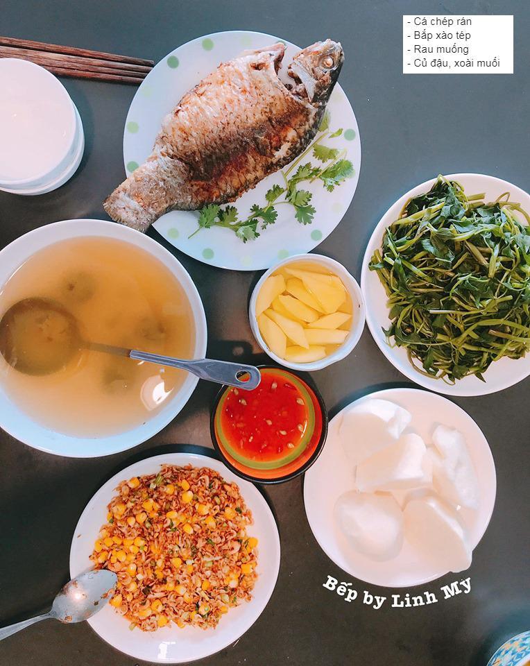 Vợ vlogger Huy Cung khiến chị em choáng vì những mâm cơm nấu cho chồng-9