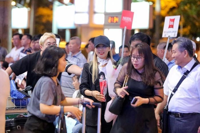 Hari Won đón báu vật Hàn Quốc Kim So Hyang đến Việt Nam-2