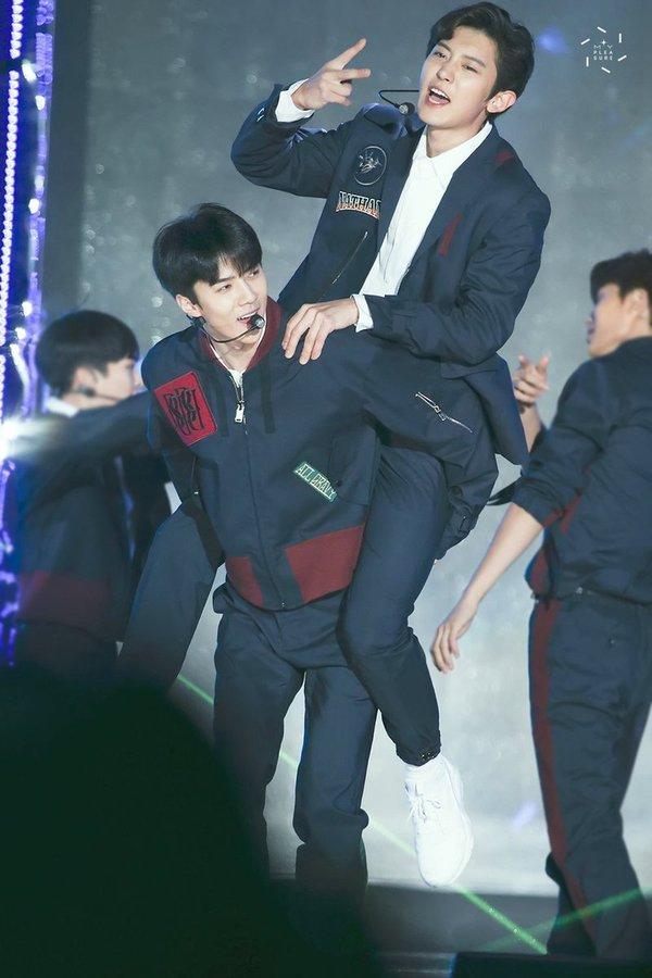 Lại là thánh spoil Sehun: EXO-L gần như đoán được 99% chính xác ngày debut của nhóm nhỏ Sehun - Chanyeol-1