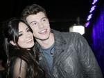 Liên tục khẳng định chỉ là bạn thân, Shawn Mendes và Camila Cabello bị bắt gặp khóa môi nồng nàn-9