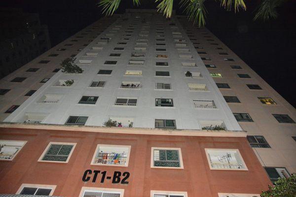 Bé gái 6 tuổi tử vong do rơi từ tầng 14 chung cư Xa La: Ở nhà 1 mình, ban công không có lưới an toàn-1