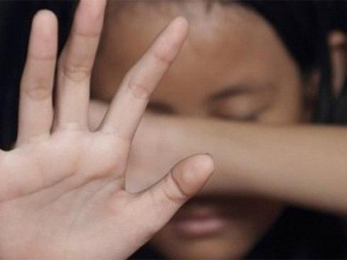 Tâm sự chát đắng của gia đình bé gái nghi bị Bí thư Đoàn phường dâm ô-1