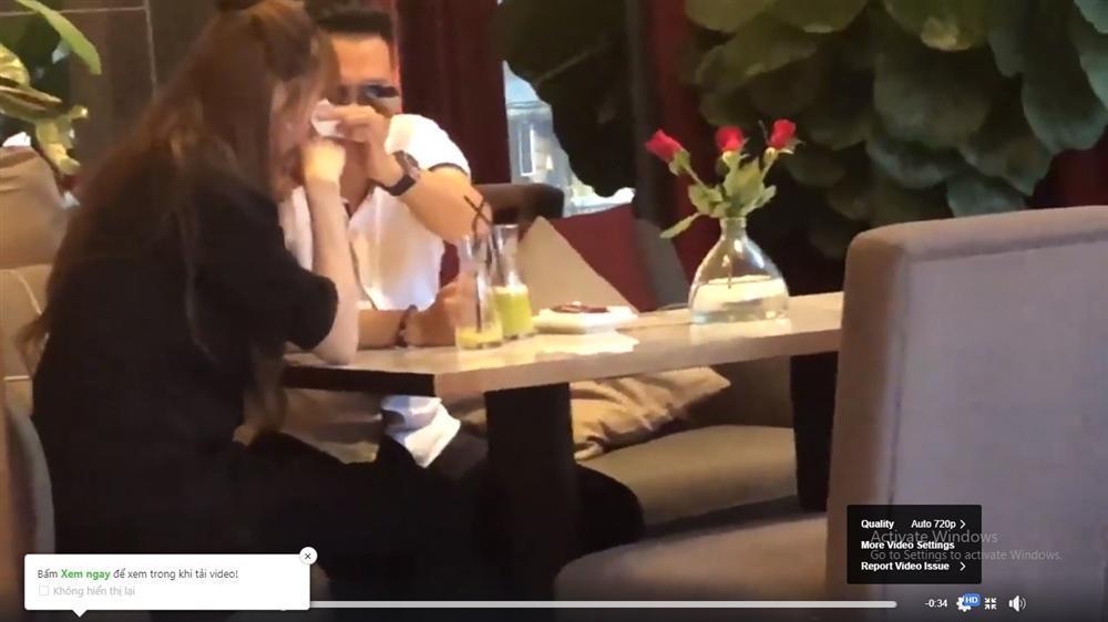 Điểm lại 2 lần vợ cũ cứu nguy cho Việt Anh thoát nghi án ong bướm với kiều nữ showbiz Việt-4