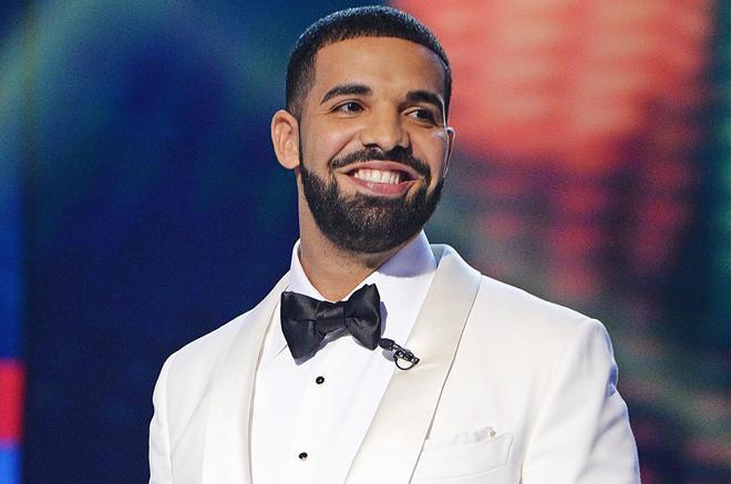Drake bị tố trả 350.000 USD sau khi mây mưa với vũ nữ thoát y-2