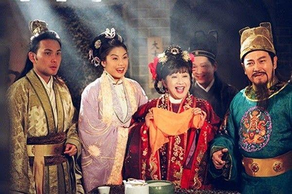 7 bộ phim hài TVB coi chục lần vẫn muốn cười xỉu-10