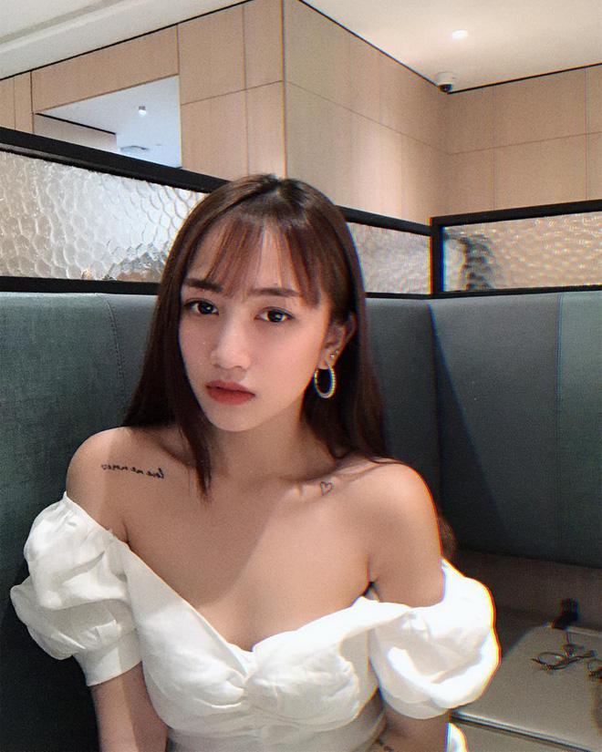 Bình thường tomboy là thế nhưng khi hở bạo, con gái 20 tuổi của đại gia Minh Nhựa lại khiến bao chàng say nắng-3