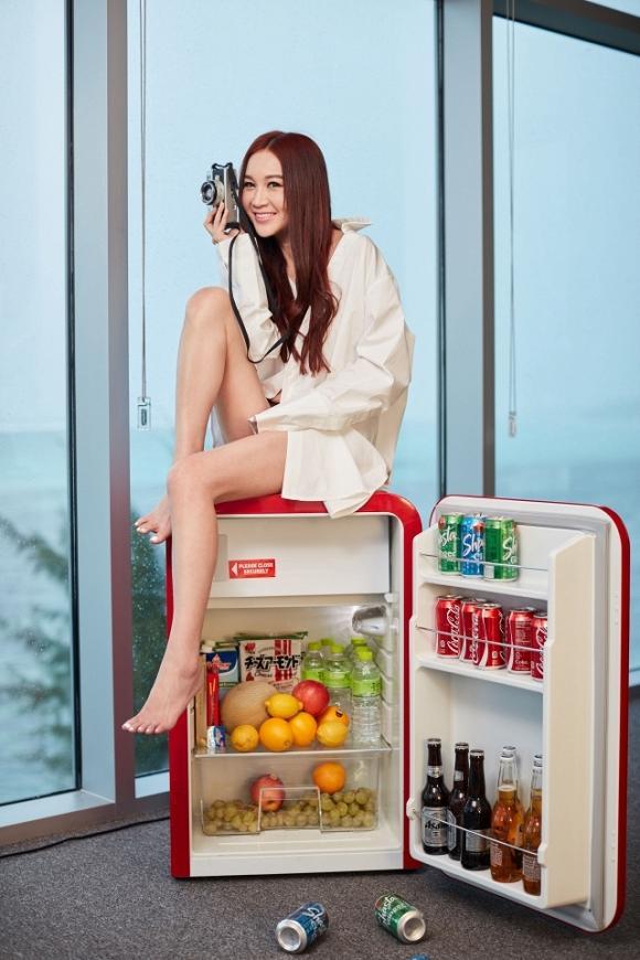 Phan Kim Liên Ôn Bích Hà gây choáng với hình ảnh bán nude táo bạo ở tuổi U60-4