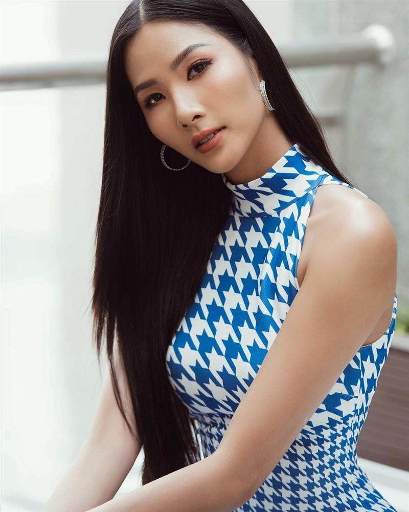 Bản tin Hoa hậu Hoàn vũ 21/6: Dung nhan Hoàng Thùy tắt nắng thê thảm trước tượng đài sắc đẹp Dayana Mendoza-2