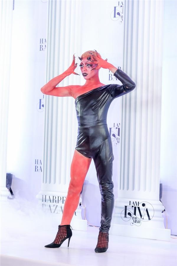 Thảm đỏ GẮT nhất năm: Trúc Nhân hóa chó đốm - Thu Minh khoe ngực phồn thực như sắp tràn khỏi váy-10