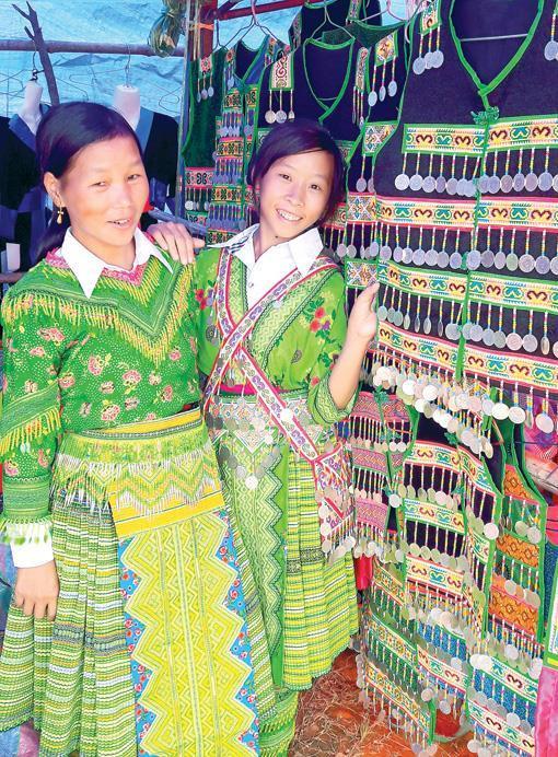 Lý do Hoàng Thùy Linh chọn trang phục dân tộc Mông trong MV mới-5