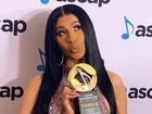 Cardi B ẵm giải 'Nhạc sĩ của năm', cư dân mạng 'xỉa xói': 'Cô ta biết viết nhạc à?'