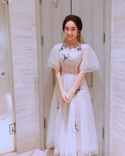Đi diễn 10 show hết 8 show diện đầm công chúa, Hòa Minzy tiết lộ nguyên nhân-9
