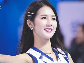 Hoạt náo viên Hàn Quốc được mệnh danh là 'thánh nữ sân cỏ'