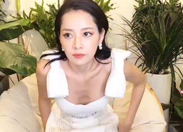 Đăng ảnh nhí nhảnh với Chi Pu, Thanh Hằng vô tình làm lộ khuyết điểm sắc vóc chỉ muốn giấu kỹ của đàn em-5