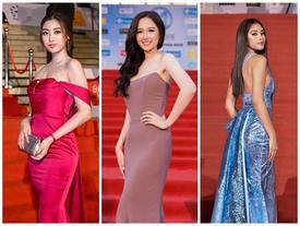 Chỉ diện đầm đơn sắc bó sát, Mai Phương Thúy vẫn xinh đẹp ngỡ ngàng lấn lướt dàn Hoa hậu Việt Nam