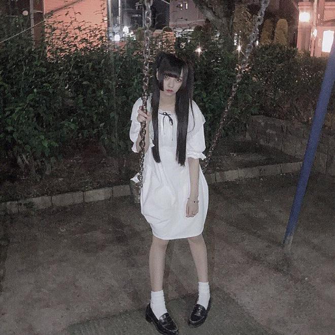 Đầu tư trang phục sống ảo gái xinh khiến người xem hết hồn vì ảnh nhận được không khác poster phim kinh dị-2