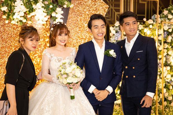 PewPew công khai xuất hiện cùng bạn gái tại đám cưới Cris Phan-2