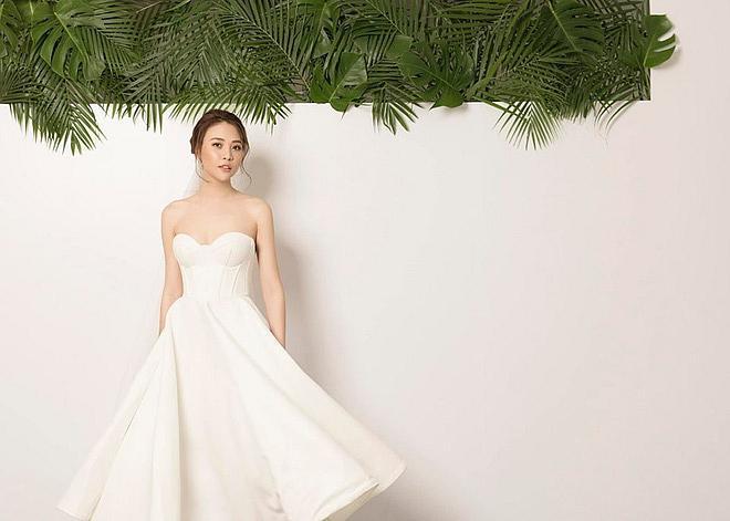 Sau khi khoe chiếc váy cưới na ná Hồ Ngọc Hà, động thái của vợ mới Cường Đô La tiếp tục khiến nhiều người chú ý-1