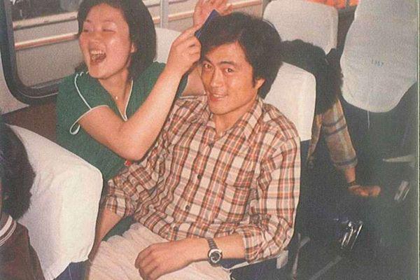 Đợi bạn trai đi tù 2 năm, cô gái không ngờ 40 năm sau thành đệ nhất phu nhân Hàn Quốc-1