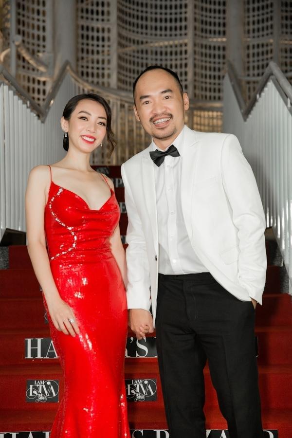NGẠC NHIÊN CHƯA: Đang gầy nhẳng, diễn viên hài Thu Trang bỗng nhiên sở hữu body nóng bỏng chẳng kém hoa hậu-1
