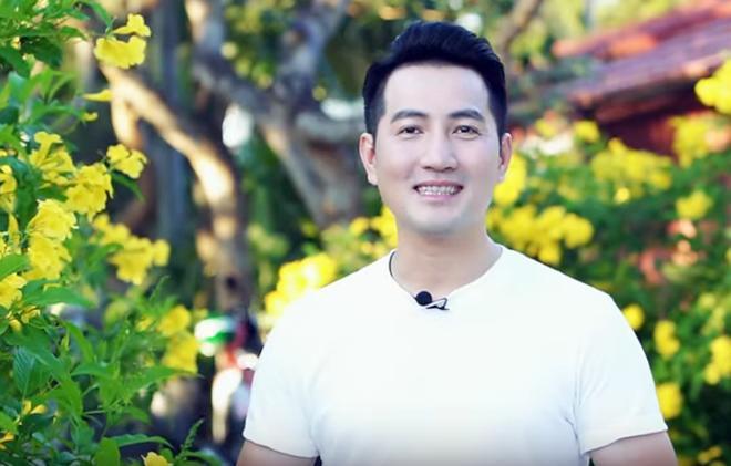 Hơn 40 tuổi chưa vợ con, trai đẹp Nguyễn Phi Hùng khiến chị em phải xấu hổ vì tài nấu ăn-1