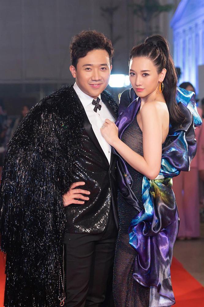 Bộ cánh hoành tráng của Hari Won mất điểm vì lỗi trang phục lót-2