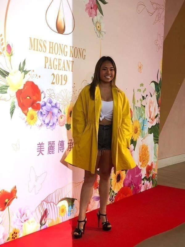 Dàn thí sinh Hoa hậu Hong Kong 2019 bị chê kém sắc, mờ nhạt chẳng khác nào đoàn quân bỉm sữa-10