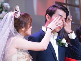 Chẳng phải xúc động vì lấy được vợ, Cris Phan bất ngờ tiết lộ lý do khóc trong đám cưới khiến ai nghe xong cũng ngã ngửa