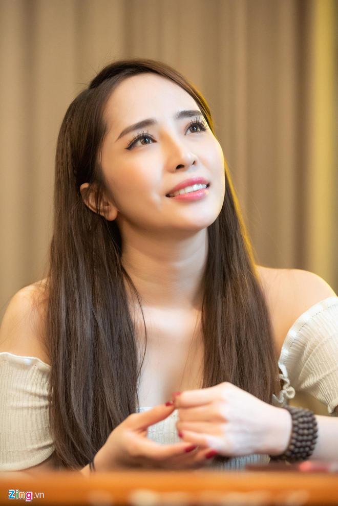 Quỳnh Nga trải lòng về tin đồn là người thứ ba, khiến Việt Anh ly hôn-3