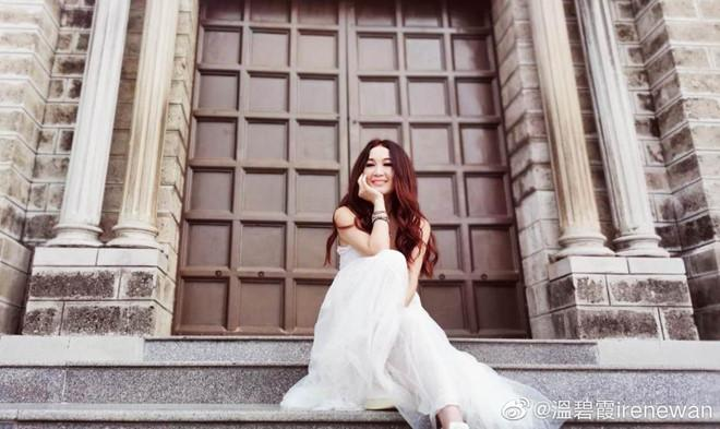 Đát Kỷ đẹp nhất màn ảnh Ôn Bích Hà khoe ảnh du lịch ở Nha Trang-1