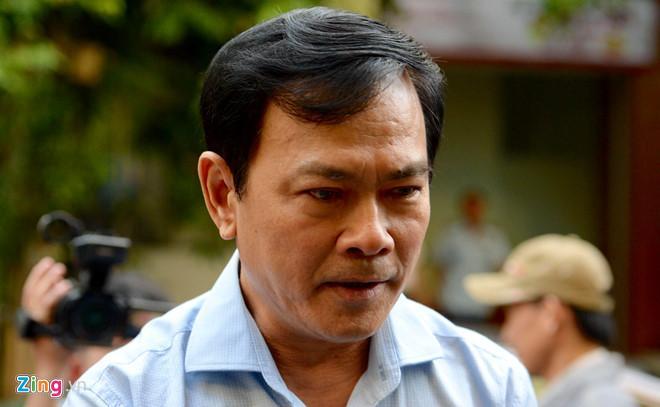 Clip: Ông Nguyễn Hữu Linh chạy trốn mọi người như... chạy giặc khi đến hầu tòa sáng nay-2