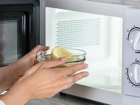 5 mẹo cực hay với lò vi sóng, ai không biết thà dùng bếp củi còn hơn