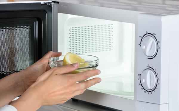 5 mẹo cực hay với lò vi sóng, ai không biết thà dùng bếp củi còn hơn-1
